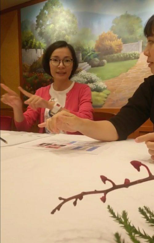 広島県60代様とお見合いする4人のタイ人女性